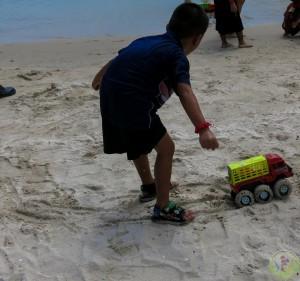 5. Beach Toys (13)