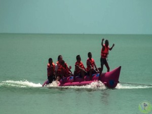 9. Banana Boat Sofa Ride Paddle boards Speed boat & long tail (3)