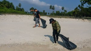 5th Beach cleaning day-4