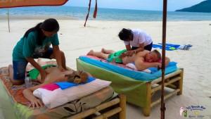 Massage on the beach (6)