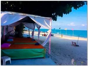 Massage on the beach-2
