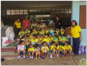 Donation to Wat Vhedi Luang School 14th Nov-11
